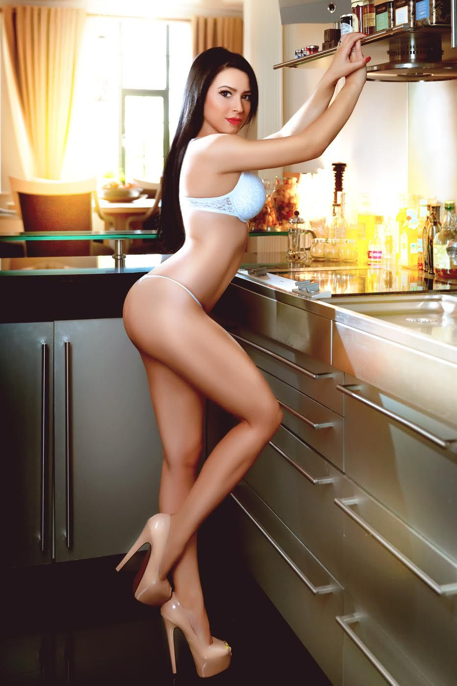 Very sexy housewife