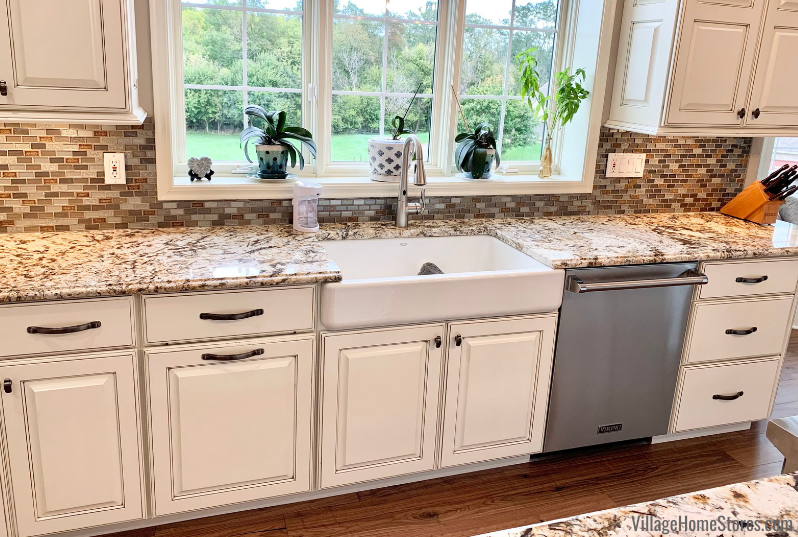 25++ Shallow apron front sink type