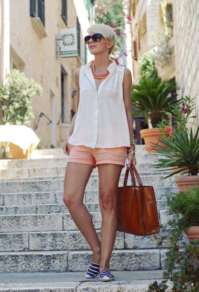 Sheinside  Camisas / Blusas, Mango  Pantalones cortos and Aqua  Zapato plano