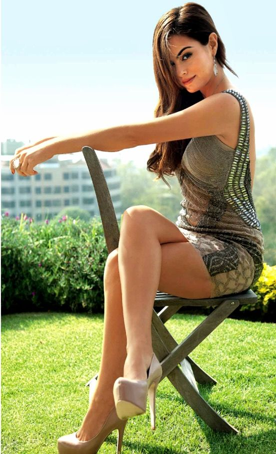 Very Attractive Sexy Crossed Legs