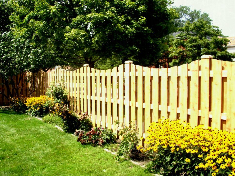 32 easy and inexpensive privacy fence design ideas