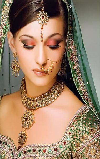 Makeup for Indian Bride| Indian Bridal Makeup: Every girl dreams of looking a spectacular bride on her wedding day. Plan your brial makeup well in advance