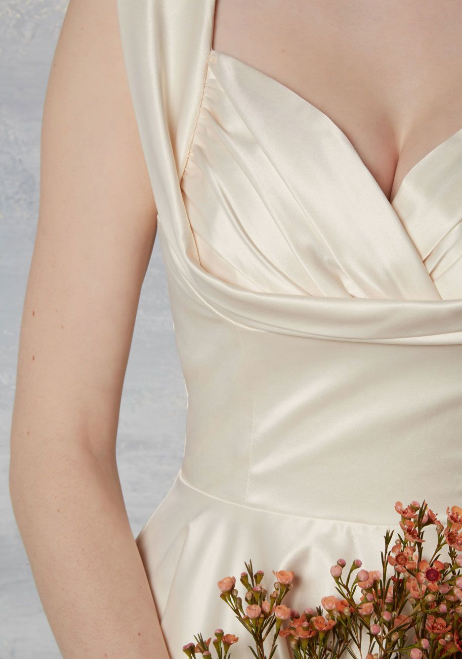 Vintage pin up wedding dress  Aisle Be There Fit and Flare Dress in Ivory ModCloth affiliatelink