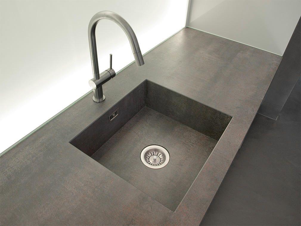 Cucina su misura plus prodotto esclusivo lacasa di mendrisio in finitura laccata lucida - Top cucina in ceramica ...