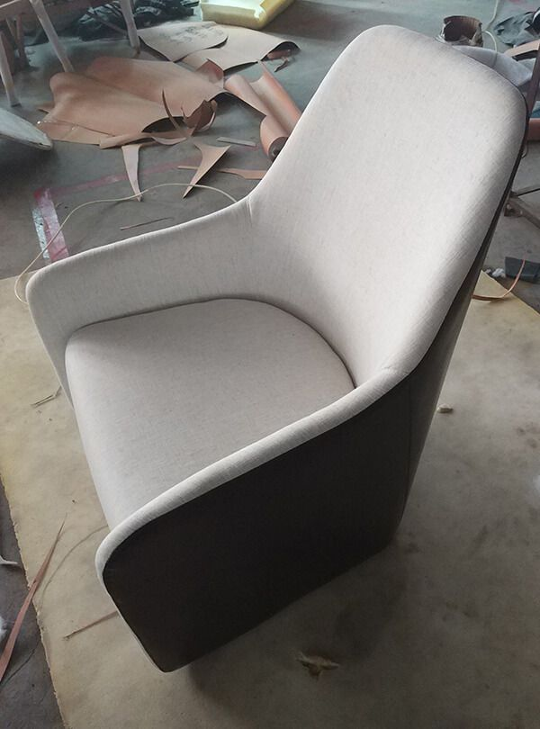 This Armchair Was Designed By Walter Knoll, A Germany Furniture Enterprise.Generally  The Backside Is Made Of Saddle PU Or Genuine Leather And The Front Is ...