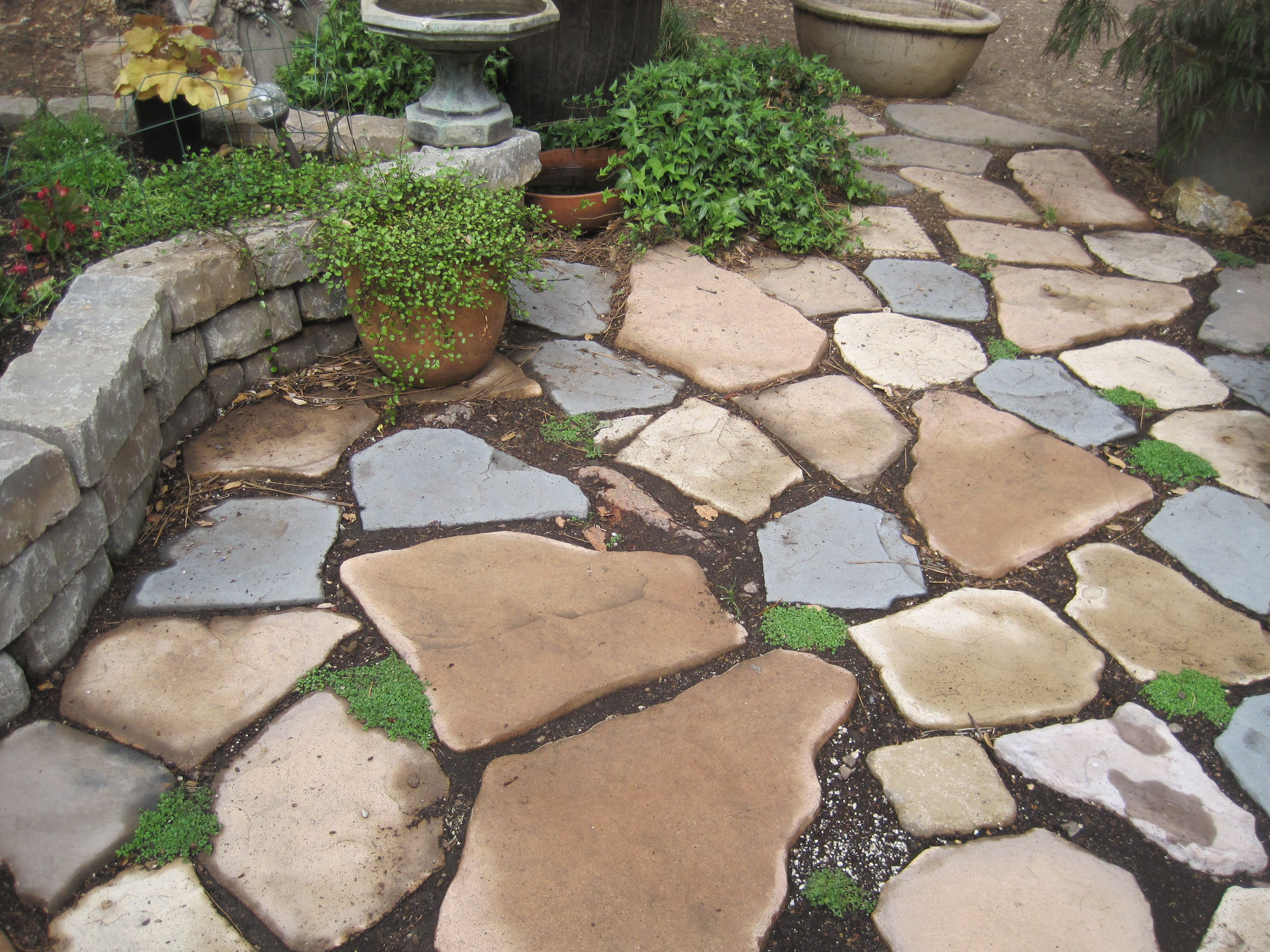 Home And Garden Amazing Florid Paver Stones Menards The Complete Illustrated Guide To Paver Landscaping Images River Rock Landscaping Landscaping With Rocks