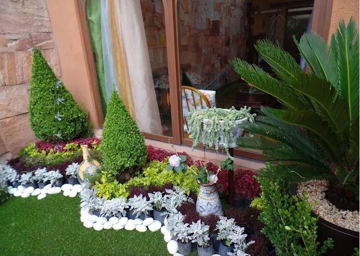 10 Ideas Para Arreglar Tu Jardin Con Poco Dinero Decorar Y Mas En 2020 Jardines Diseno Jardin Pequeno Jardines Bonitos
