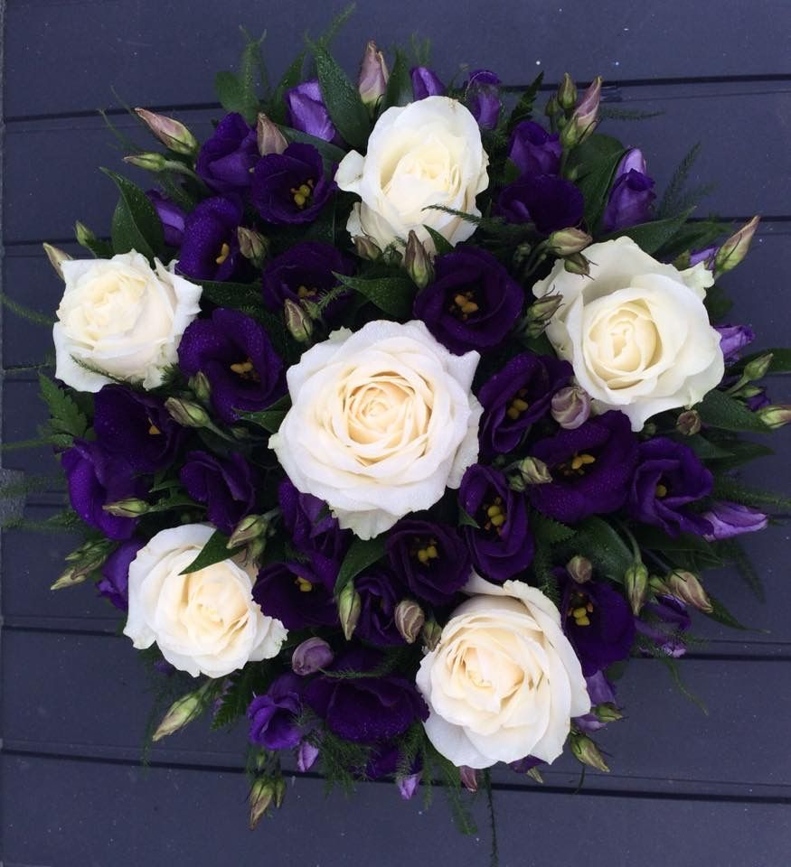 Rose And Lisianthus Funeral Flower Tribute My Work Pinterest