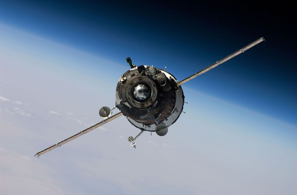 The Soyuz TMA-16 spacecraft approaches the ISS on October 2, 2009, carrying NASA astronaut Jeffrey Williams, Russian cosmonaut Maxim Suraev and Canadian spaceflight participant Guy Laliberte.