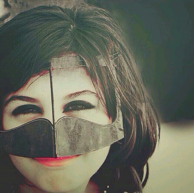 Mego صور بنات مبرقعة برقع رمزيات تمبلر واتساب Halloween Face Makeup Face Makeup Face