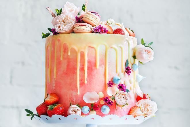 Jak Zrobic Mniej Kaloryczny Krem Do Tortu Recipe Birthday Cake Toppers Custom Cake Toppers Happy Birthday Cake Topper