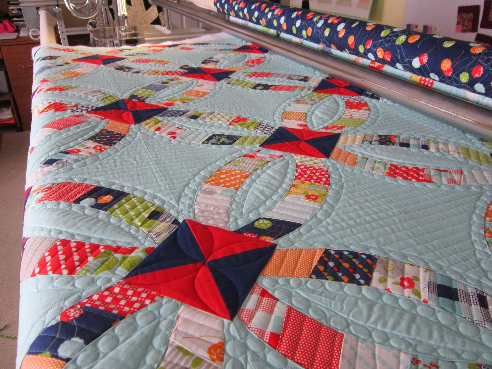 http://quiltingismybliss.blogspot.com/search?updated-max=2014-02-17T14:53:00-08:00&max-results=7&start=21&by-date=false