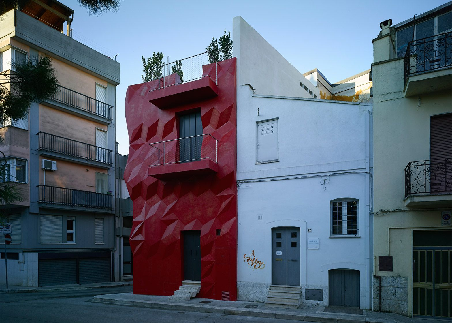 Gentle Genius by GG Loop, Altamura, Italy An exterior insulation and ...