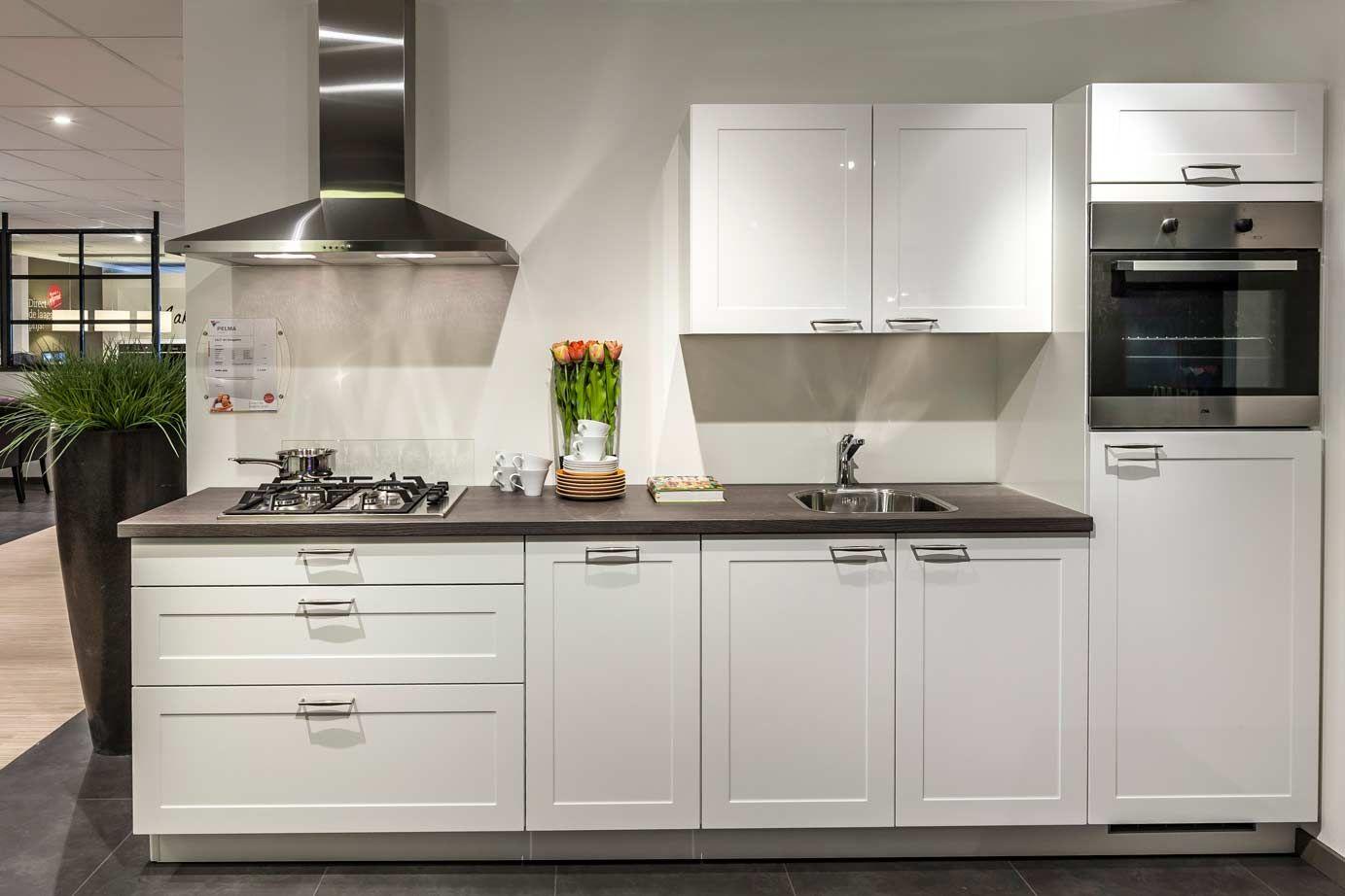 Voorbeelden Kleine Keukens : U vormige keuken met eiland indeling keuken voorbeelden kleine