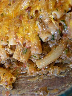 Rachael Ray's Southwestern Chili Con Queso Pasta Bake. Looks Yummy!