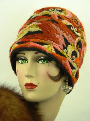 VINTAGE HAT ORIGINAL 1920s CLOCHE, EXTREMELY RARE, FELT WITH WOOLEN ...