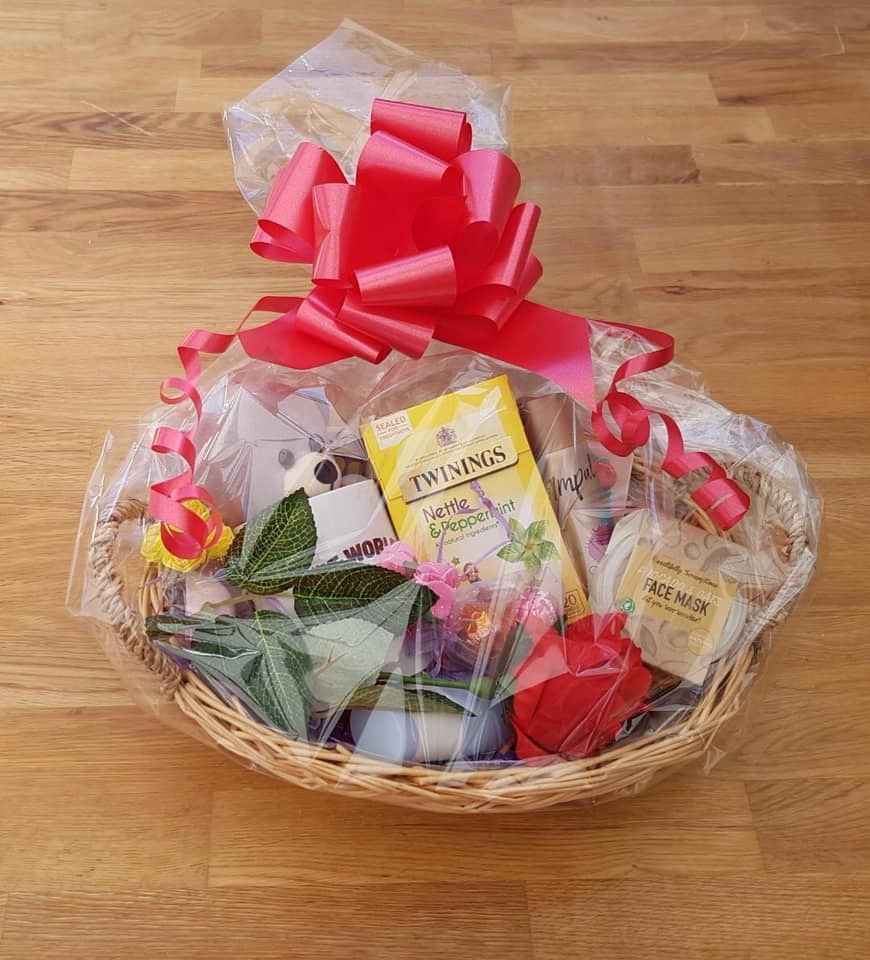 Mother's Day gift hamper wrapped💗 Mother's day gift