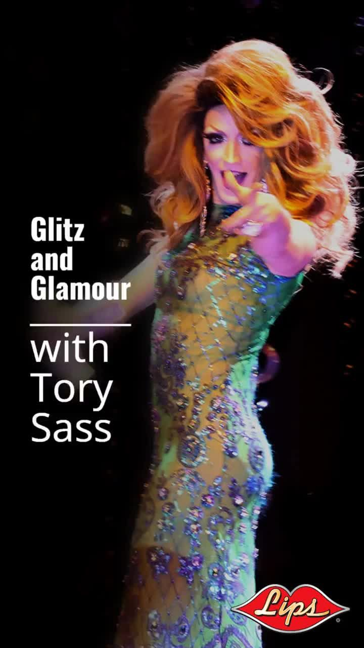 Tonite its Glitz and Glam at Lips Motor Row!  Two shows 7 and 9:30......   Dinner, Drinks and Fabulous Showgirls!   Dinner Reservations, or just stop by the bar for cocktails......   #chitown #fashion #chicagogram #choosechicago  #downtownchicago #spottedinchicago #chicagodowntown #mccormickplace #lipschicago