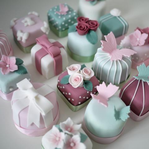 Blue Door Bakery | Cake classes to unleash your inner domestic goddess