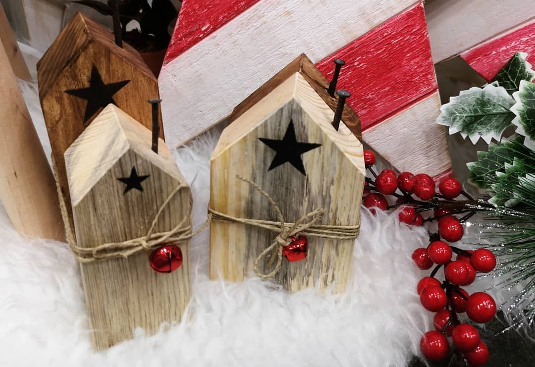 Christmas decorations!!! - Christmas decorations!!! ❤️❤️❤️ #christmaslovers #christmastime #christmasmagic #christmastree #christmaslights #seasonaldecor #instachristmas #wooddecorations #wood#pallet #handmade #reciclyng#artists #joy# #christmashouses #hohoho #xmastime #xmas #xmasdecor #xmastree.     You are in the right place about pallet Wood Decor      Here we offer you the most beautiful pictures about the  Wood Decor table  you are looking for. When you examine the Christmas decorations!!!