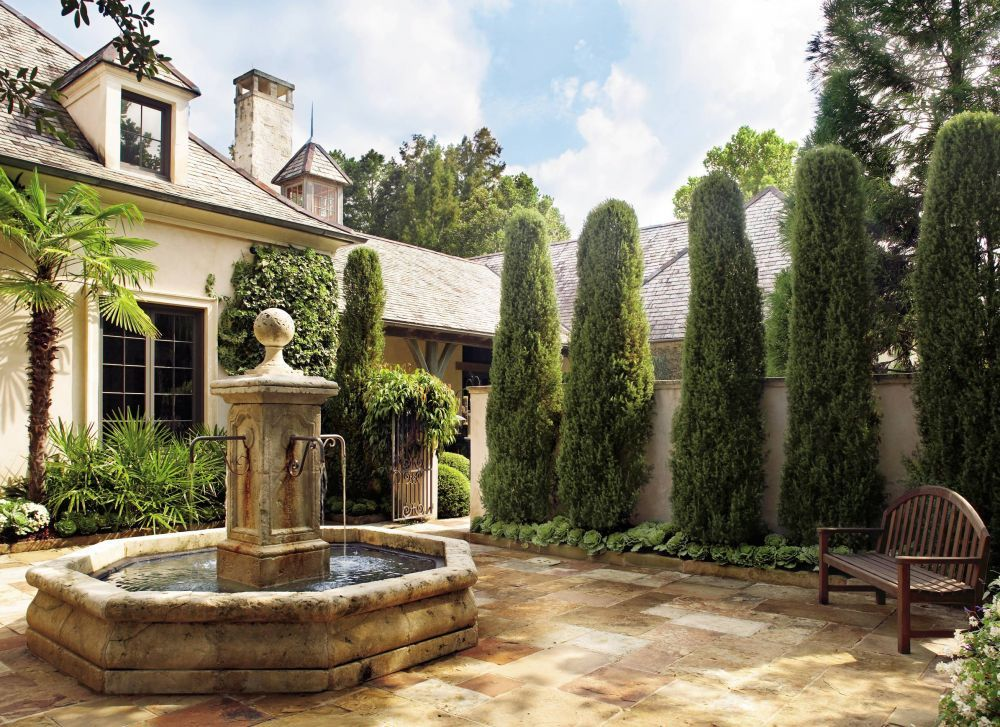Traditional Outdoor Space by Ann Holden and Ken Tate in Southeastern