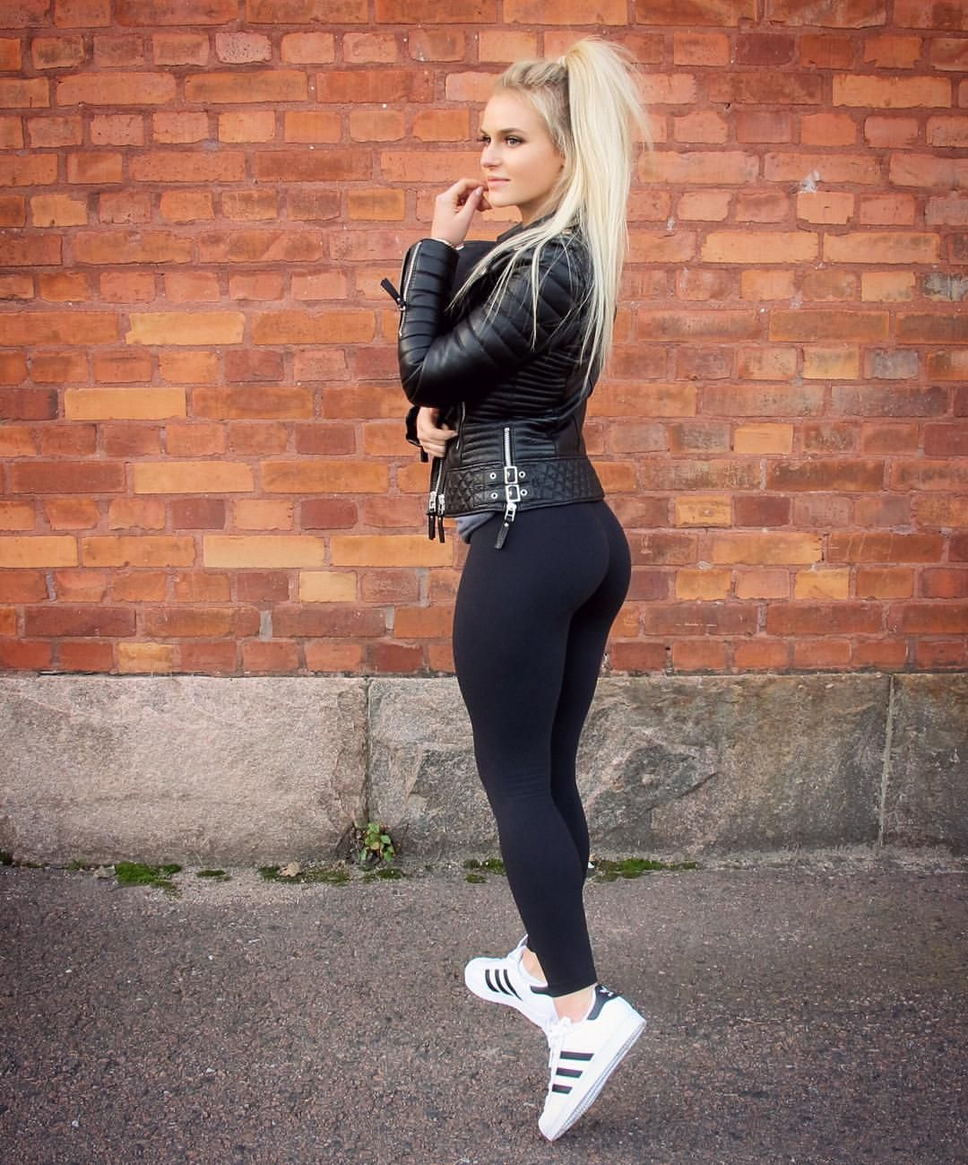Anna Nystrm On Instagram All Black  Bodaskins -4085