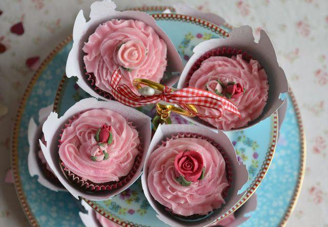 Rosey Posey Cupcakes ♥