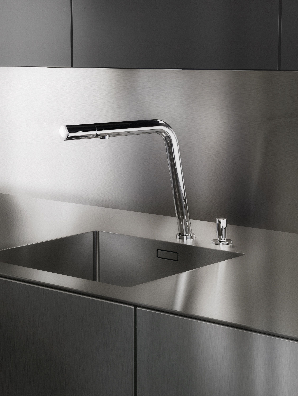Simple Design In 2020 Kuche Edelstahl Arbeitsflachen Edelstahl Arbeitsplatte