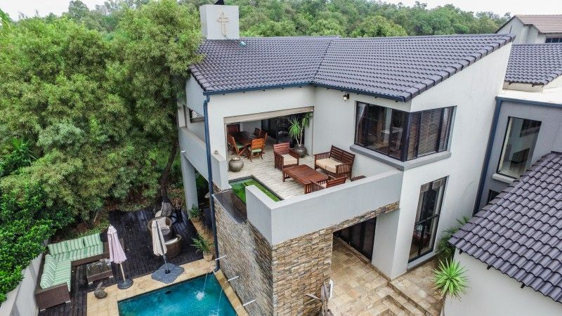 Five bedroom house for sale in Silver Lakes Golf Estate
