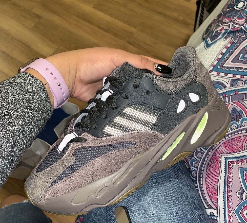 release date 4d74d 05101 BRAND NEW Yeezy 700 mauve Size 7 With Box #fashion #clothing ...