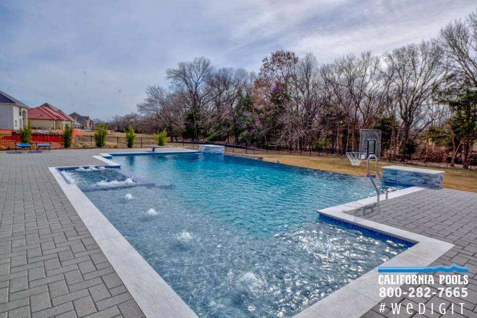 Pin By Rdelosan On Backyard Pool Swimming Pool House Custom Swimming Pool Swimming Pools