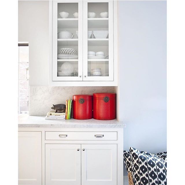 Best Dunn Edwards White Paint For Kitchen Cabinets: Dunn-Edwards Paints Paint Color: Silver Spoon DE6366 On