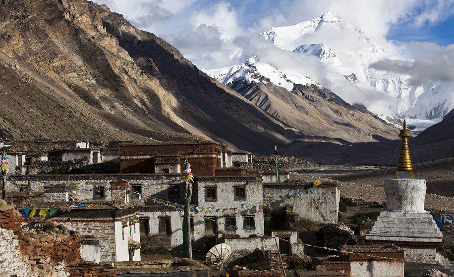 Rongbuk monastery at the Mt. Everest Base camp in Tibet, it is also known as one of the world highest monastery in the world with altitude of 5050m #Tibettravel #ExploreTibet #Everest #Tibettrekking