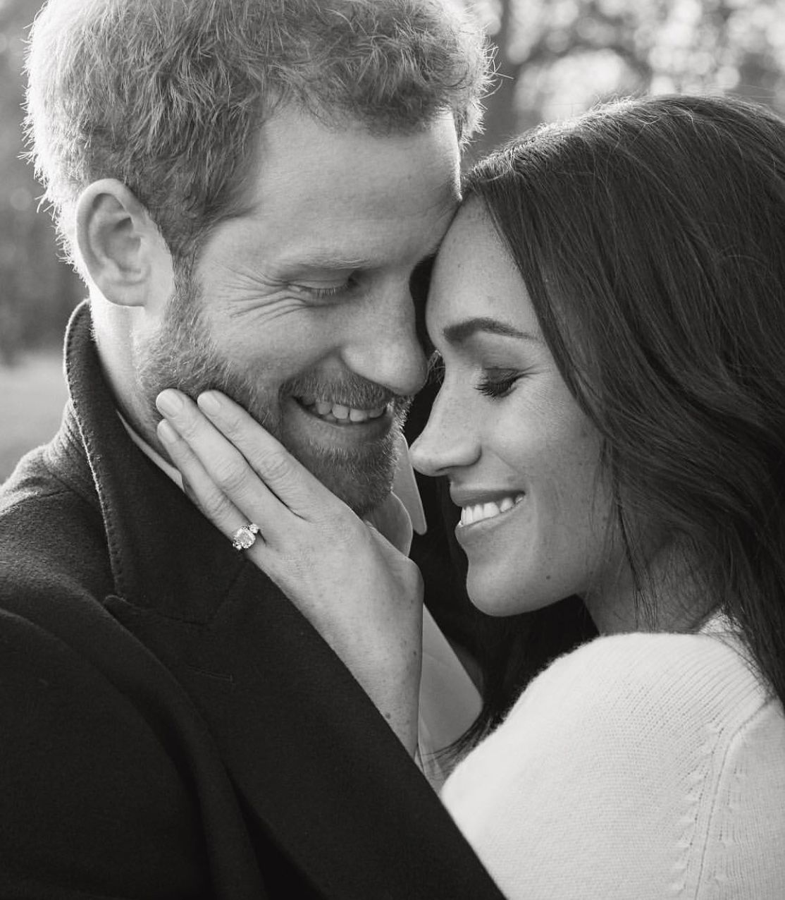 Prince Harry and Meghan Markle release new official portraits for their engagement
