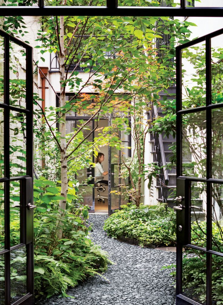 Pocket Garden | Courtyard | Pinterest | Mansion, Gardens and Porch