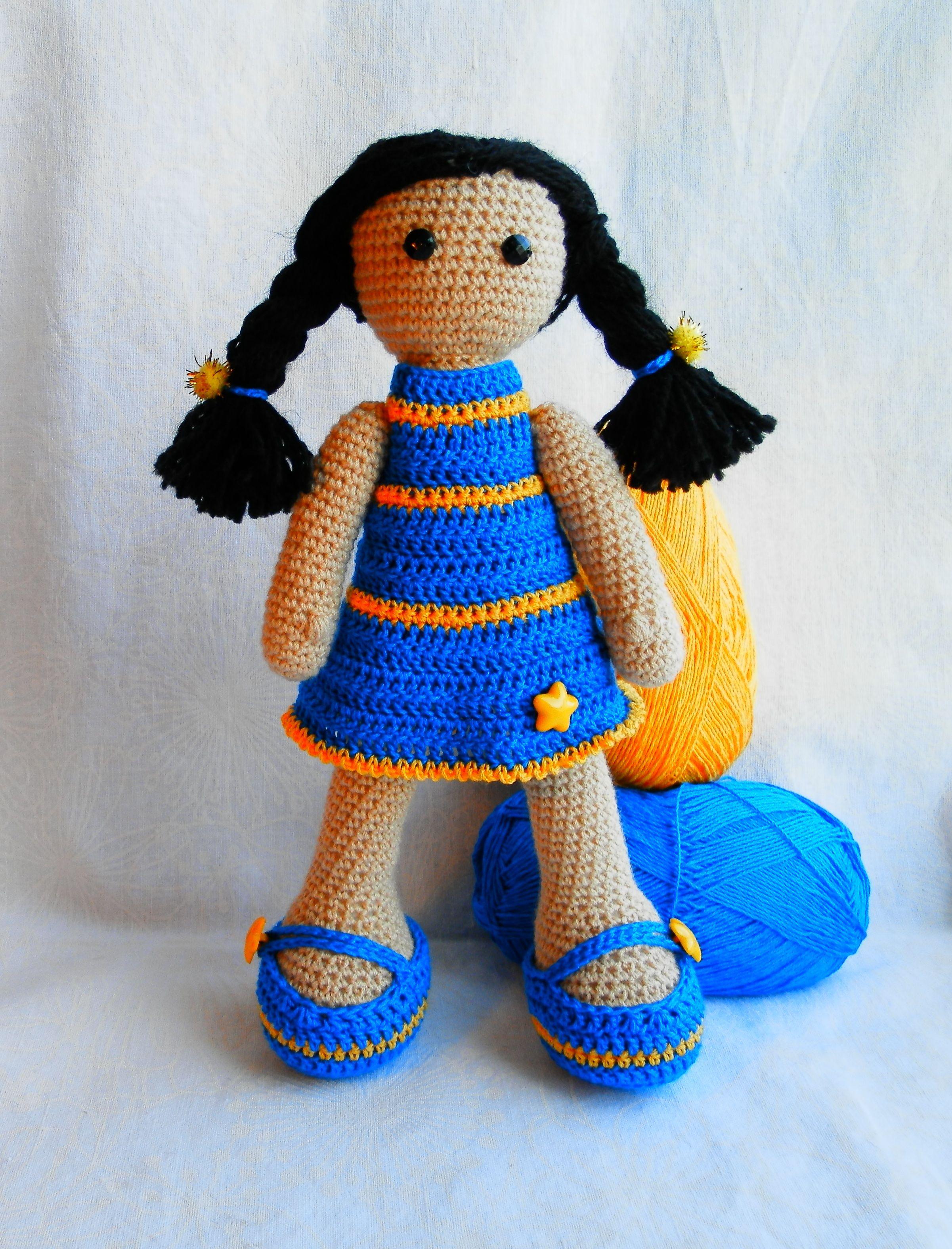 Яркая, совершенно летняя кукла. Вязалась на заказ для ...