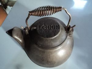 Small Cast Iron Pot LODGE Melting Kettle Sauce Pan Boiling Camping Grill Cooking