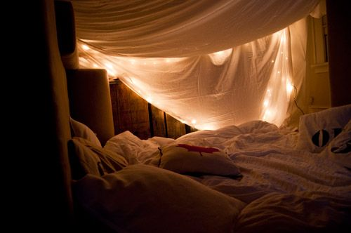 build a fort – making Life pretty