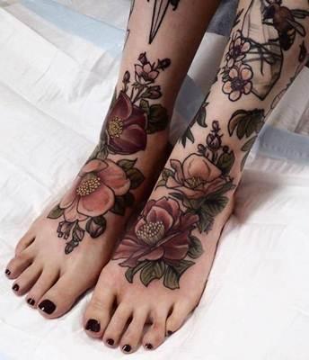 تاتو يد و قدم و جسم انواع الوشم و اجمل صور تاتو Tattoo Tattoos For Women Flowers Foot Tattoos Floral Foot Tattoo