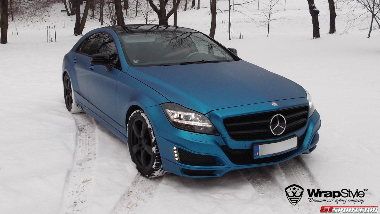 MercedesBenz CLS Electric Blue Brabus by WrapStyle