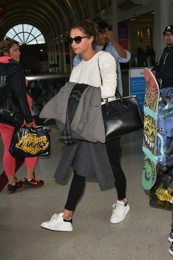 Celebrity Airport Shoe Style All White Sneakers