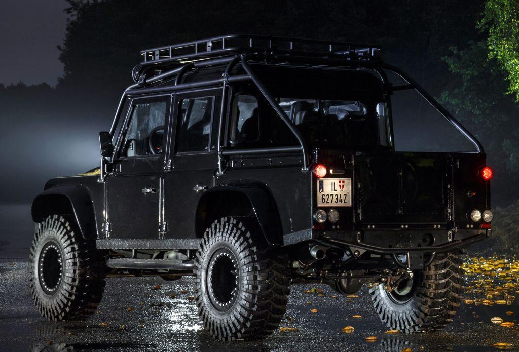 "Land Rover Defender 110 ""007 Spectre"" '2015 Land rover"