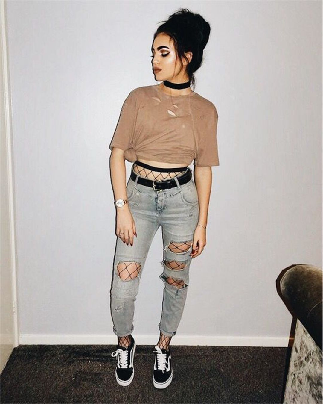 Tumblr Outfits With Broken Jeans That Are Fashion Outfits Con Jeans Cool Outfits Tumblr Outfits