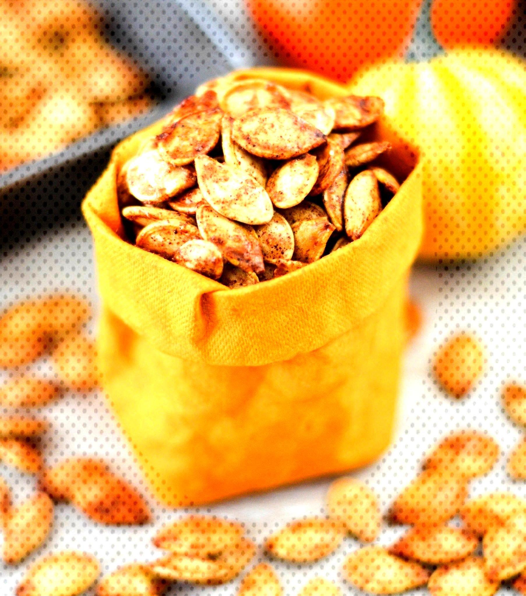 Cinnamon Sugar Pumpkin Seeds! A recipe for the perfect sweet and salty ... , Homemade Cinnamon Sug
