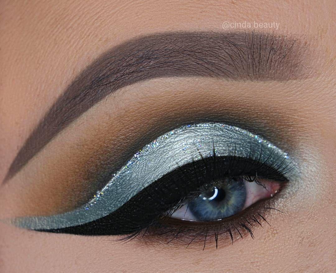 Silvery Blue Makeup Look