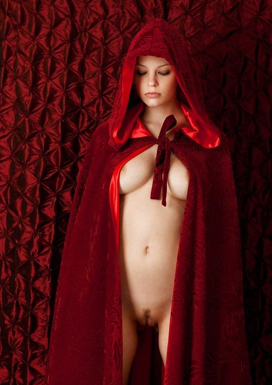 Red riding hood cosplay nude