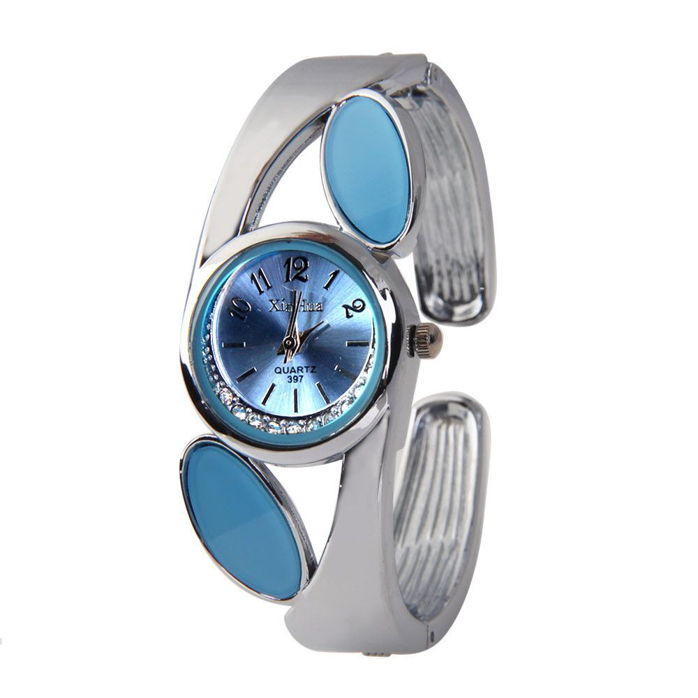 Unique Design Fashion New Women Watch Silver Round Dial with Rhinestone Analog Bracelet Bangle Watch Ladies Wrist Watch