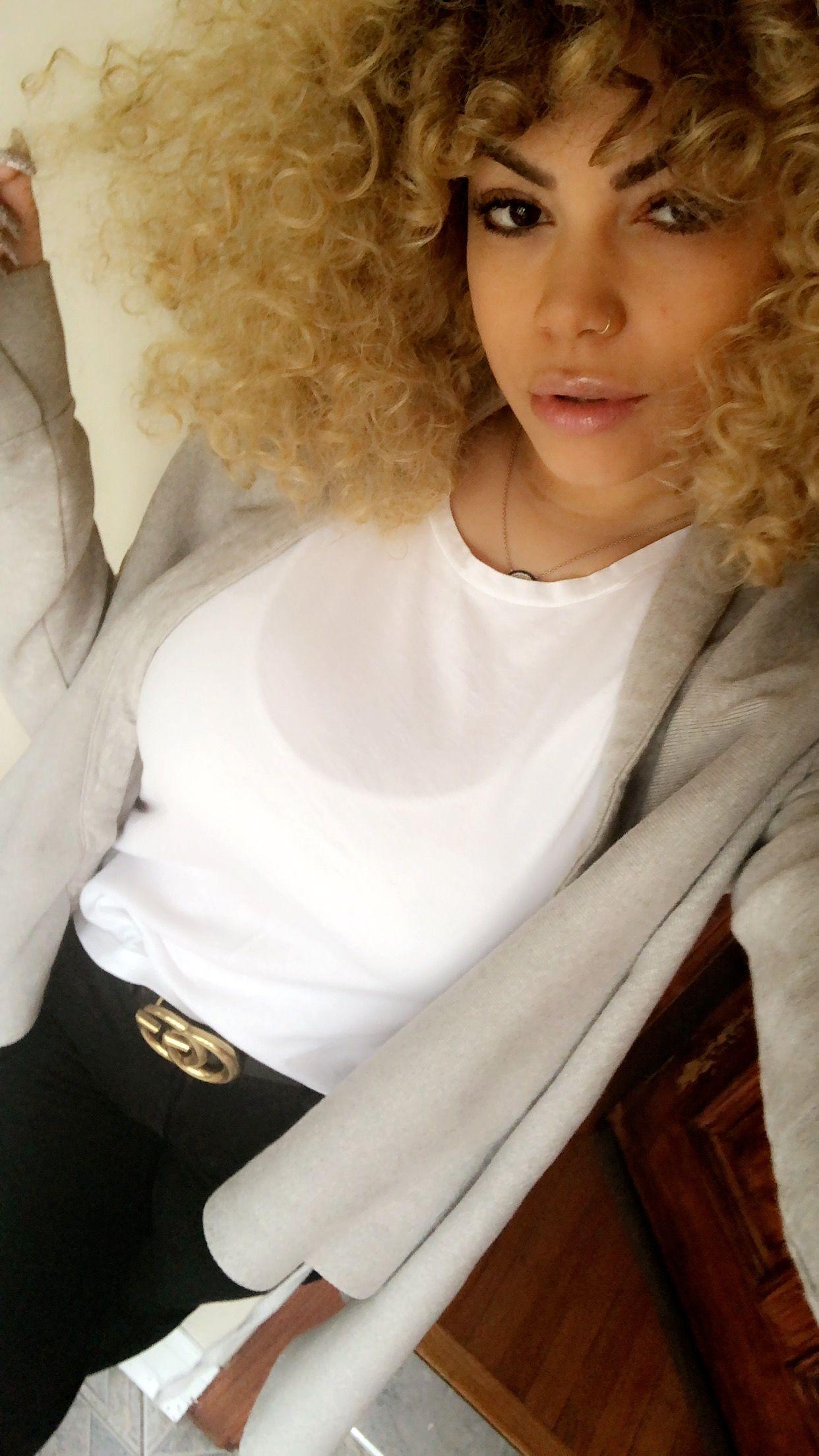 Blonde curly hair beautybyeli curls curlyhair curlyblondehair