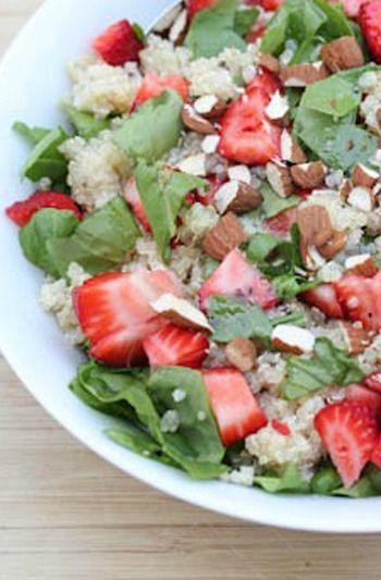Strawberry Spinach Quinoa Salad | 5DollarDinners