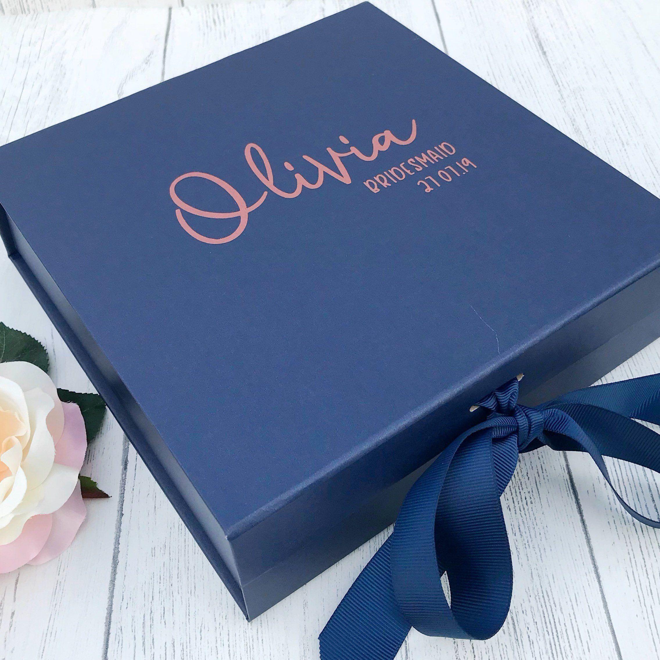 SILVER PERSONALISED MEDIUM GIFT BOX CHRISTMAS BIRTHDAY BRIDE BRIDESMAID GROOM